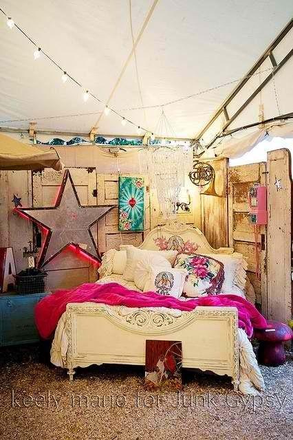 Junk gypsy display pinterest for Gypsy bedroom decor