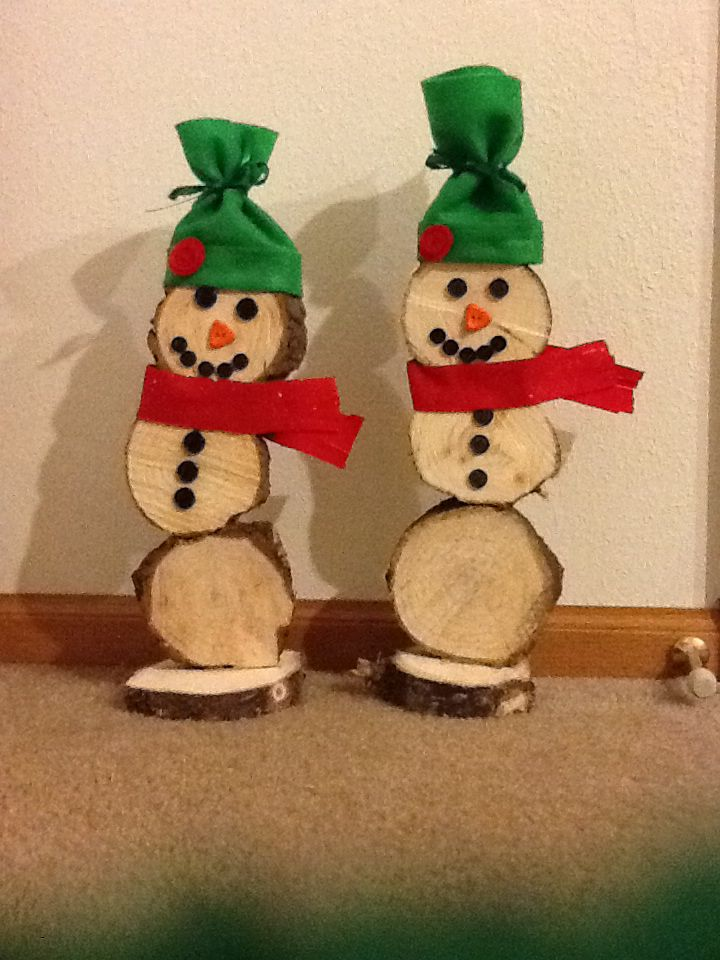 Pine tree circle snowmen!   Snowman Crafts   Pinterest