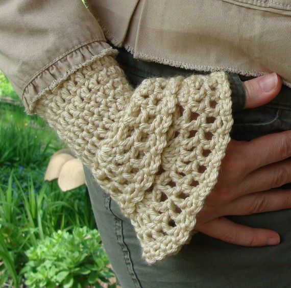 Crochet Patterns Arm Warmers : Crochet PATTERN - Wrist Warmers Crochet PATTERN - Double Elegance in ...