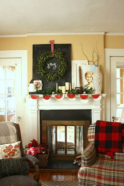 Love the wreath over the chalkboard.