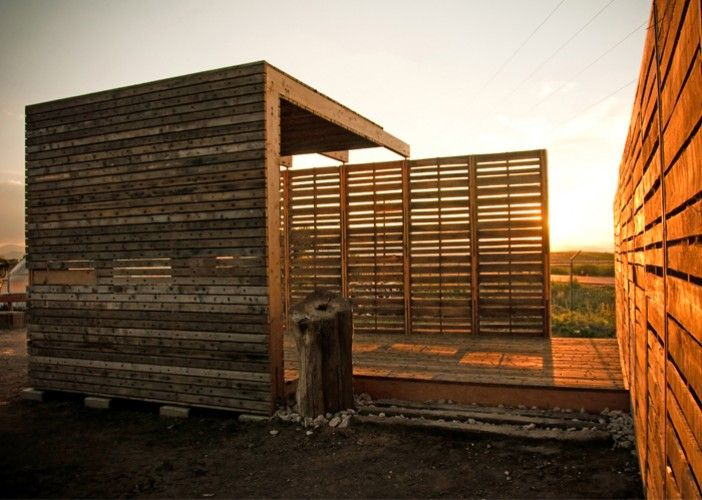 pallet building wooden pallets pinterest