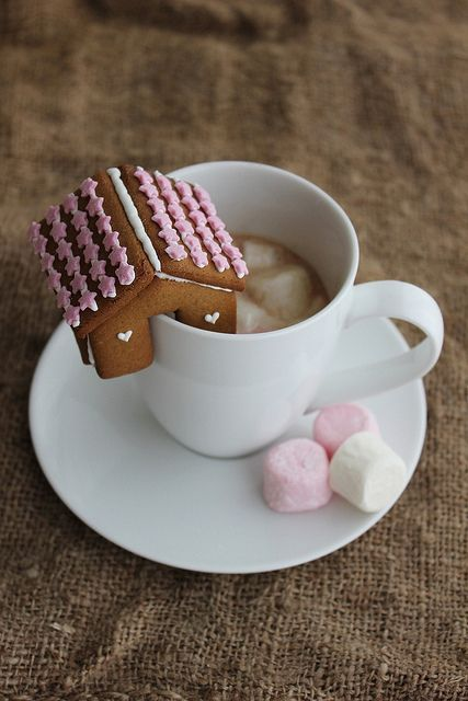 gingerbread house on a cup   Craft   Pinterest