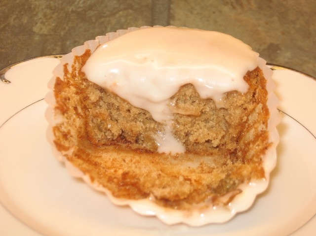 Applesauce cupcakes sounds good | Food | Pinterest