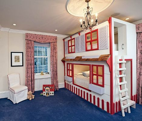 ... little girl!!! great idea for making bunk beds fun and fall-proof :D