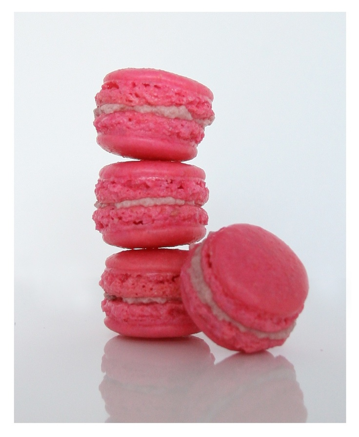 Raspberry Mousse Tartelettes And Pink Macarons Recipe ...