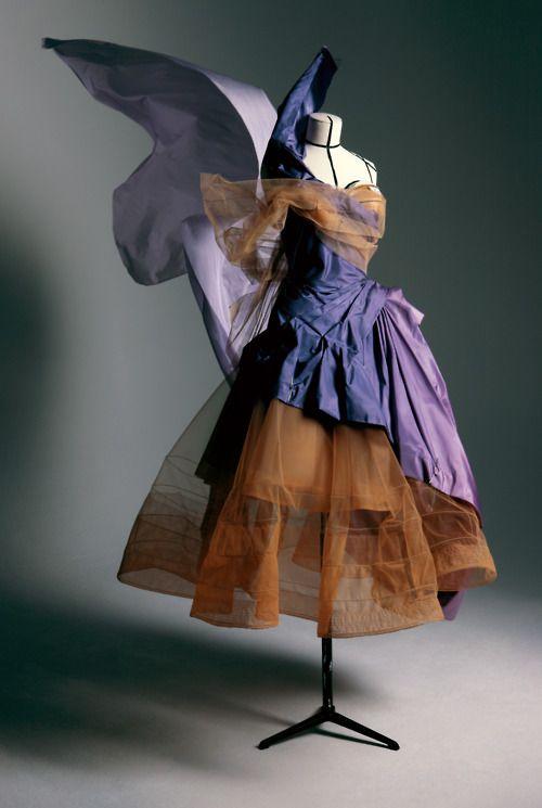 Galliano for Dior, fall winter 2005, Haute couture, Victorie dress