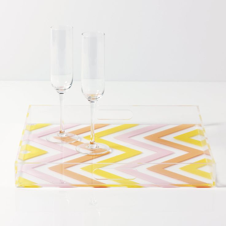 Use our favorite #marthastewartcrafts paint colors for May to make this fashionable drink tray #madaboutcolor