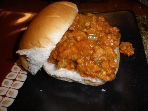 Turkey Crockpot Sloppy Joes {crockpot tuesdays}