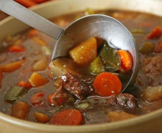 An easy recipe for Irish Beef Stew--I think I'll make this and a ...