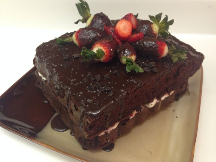 Strawberry Chocolate double layer cake | Sweets by me | Pinterest