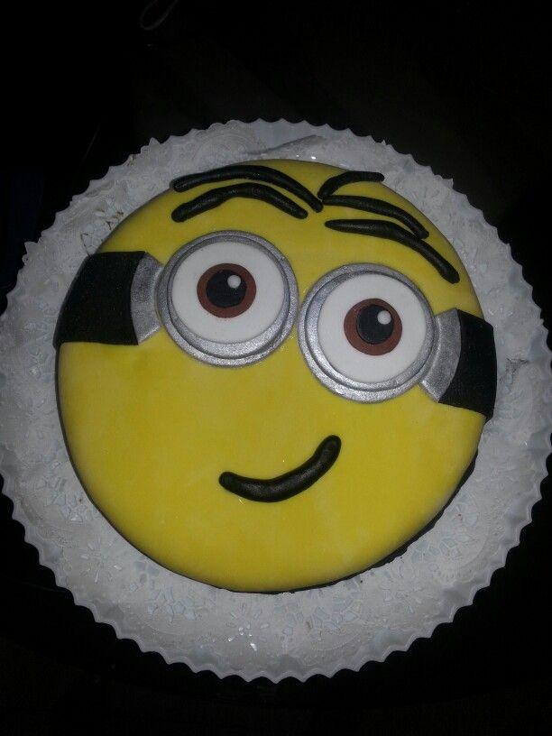Minion Cake Design Pinterest : Minion cake Party ideas Pinterest