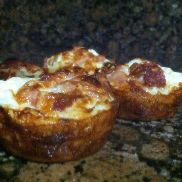 ... http www skinnytaste com 2011 06 hash brown egg white nests html
