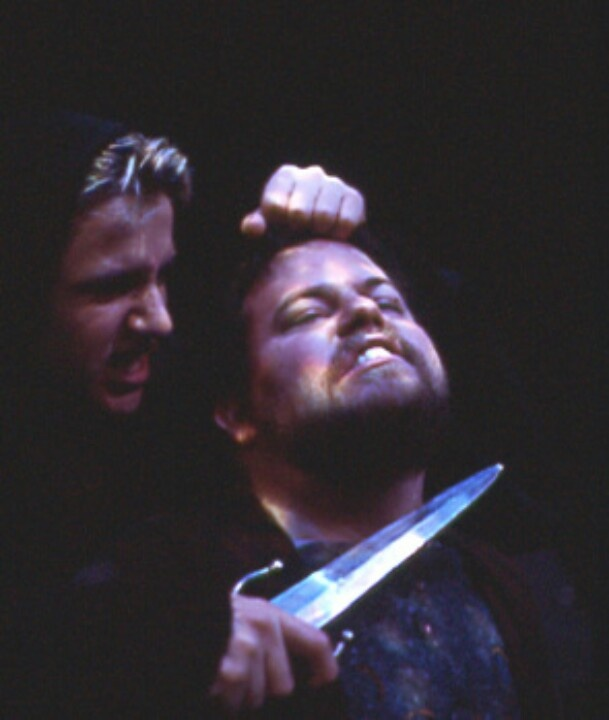 how many murderers in shakespeares macbeth In act iii , macbeth plans to kill banquo  he was at the party the murderers would have recognized him anyways and not worried about trusting him.