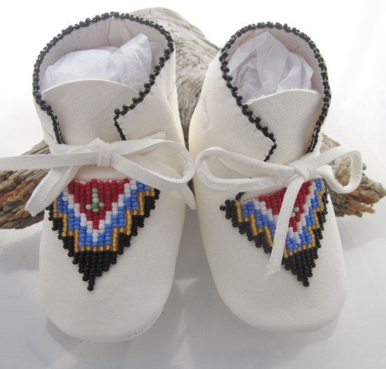 Native american beaded baby moccasins for by authenticnativemade 58