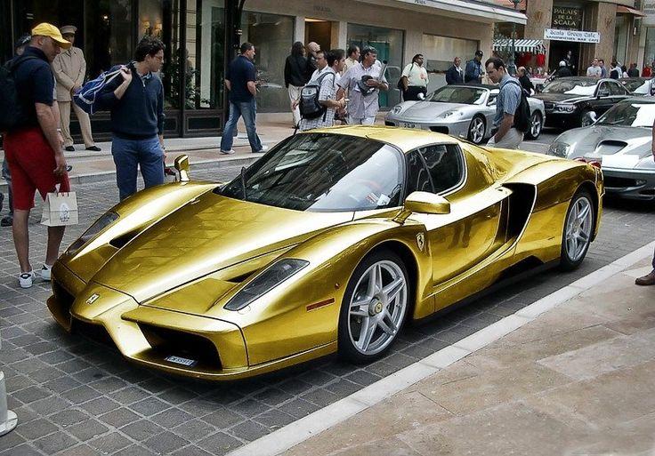 Coche de lujo de Ferrari Enzo Oro el coche real en el mundo
