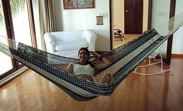 Hanging a hammock indoors hammock indoors pinterest - Indoor hammock hanging ideas ...
