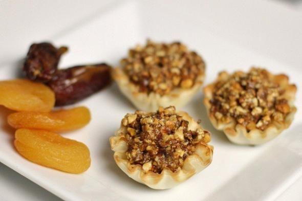 Easy Baklava Dessert Recipe   Food   Pinterest