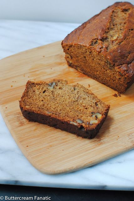 Spiced Bourbon Banana Bread from @Nora | Buttercream Fanatic | www ...