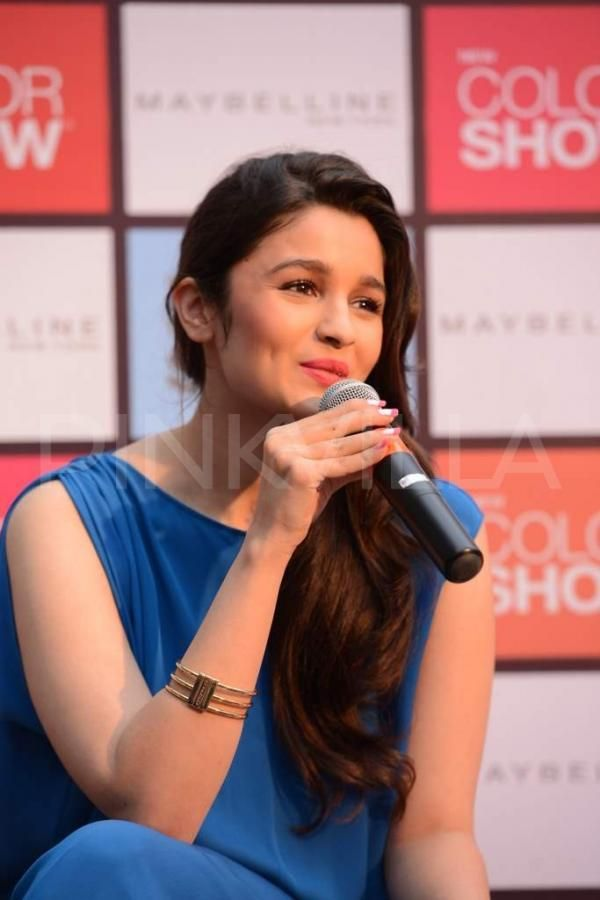 Pin by Nikunj Panchal on Alia Bhatt | Pinterest
