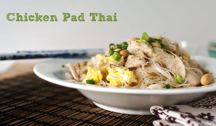 One Skillet Dinner: Chicken Pad Thai - Finally a pad thai recipe i can ...