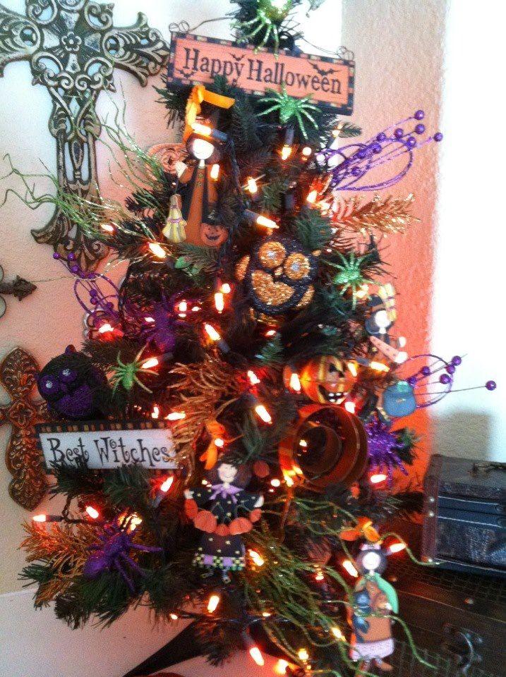 My Halloween Themed Christmas Tree Holly Jolly