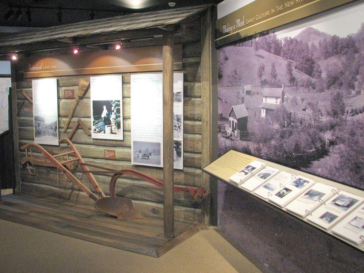 design ideas exhibit hall history