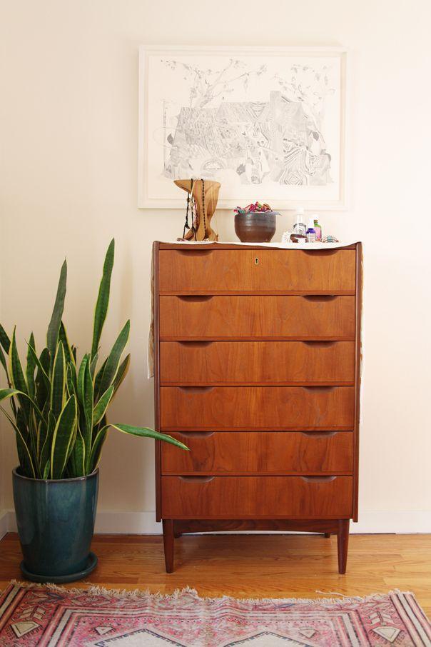 pretty mid-century dresser