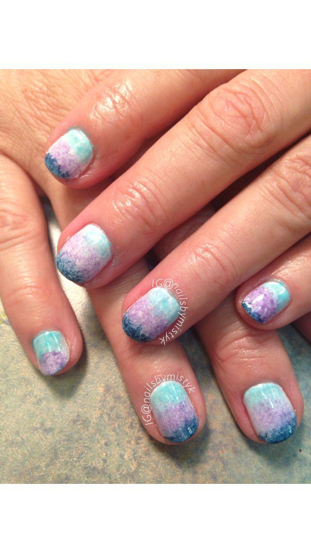 Shellac nail art. Ombré nail design. Sponge nail art. Fun nails