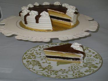 woodland bakery white cake