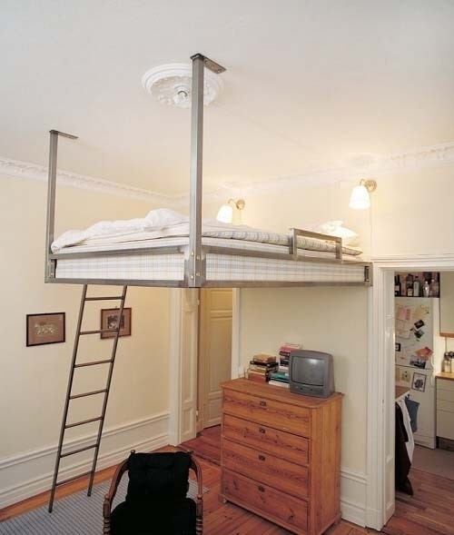 Hanging loft bed space saver to do pinterest for Floating loft bed designs