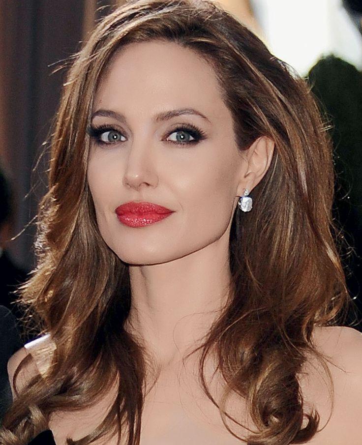 Angelina Jolie named beauty icon of the decade