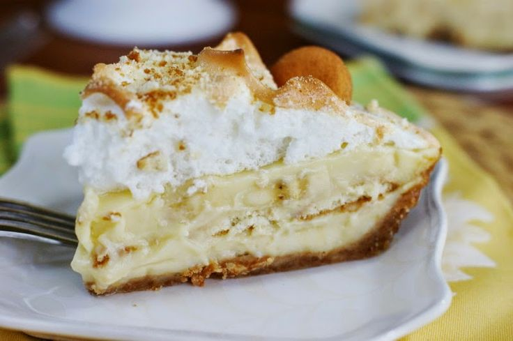 Banana Pudding Pie | Sweets: Cakes and Pies | Pinterest
