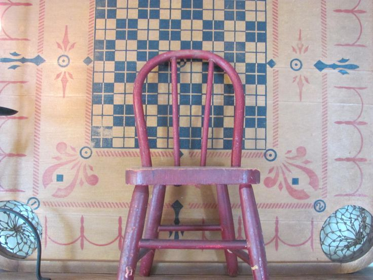 Little red chair and gameboard | primitives | Pinterest