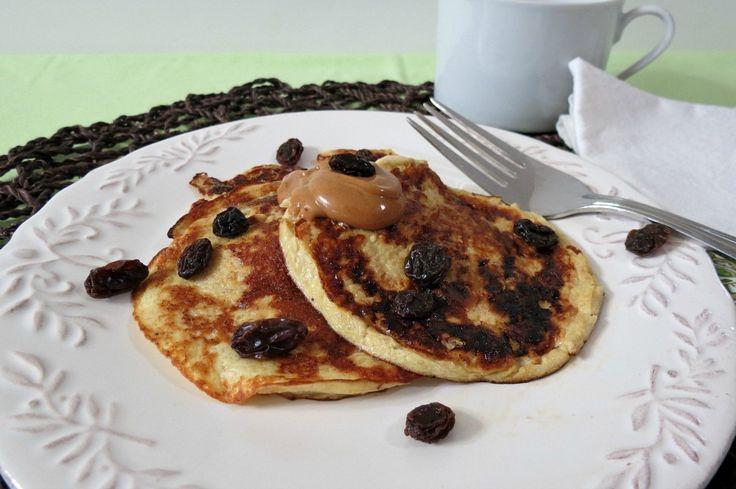 Banana Pancakes - A healthy, gluten free two ingredient pancake made ...