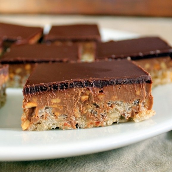 Chocolate Peanut Butter Crispy Bars | MyCookBook | Pinterest