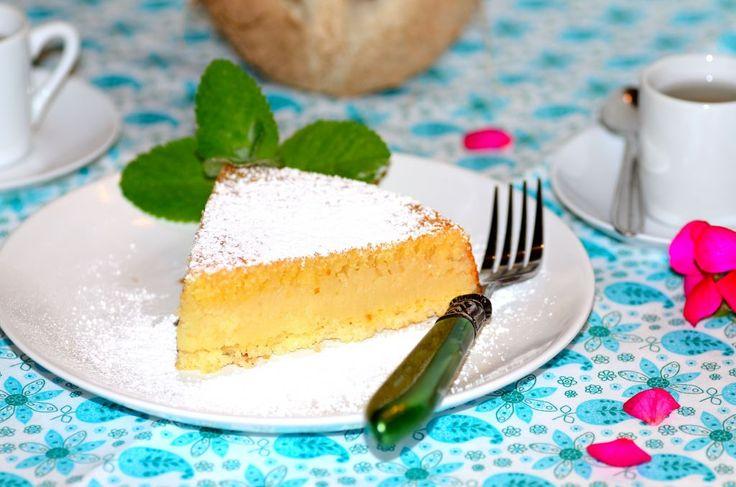 Coconut-Cornmeal Cake (Bolo de Fubá com Coco): What a coffee cake!