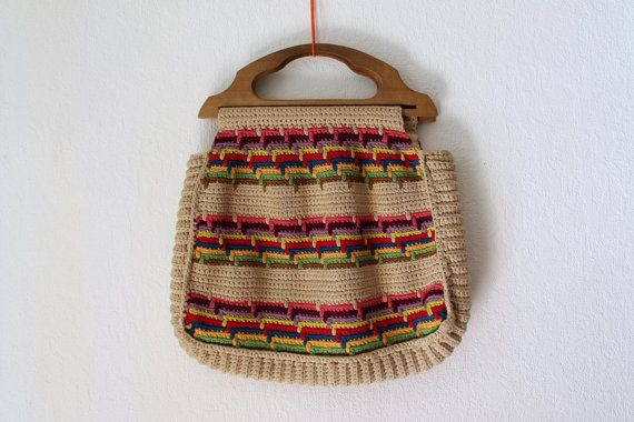 Vintage Crochet Bag 1970s Bag with Wooden Handle von PaperdollVtg ...