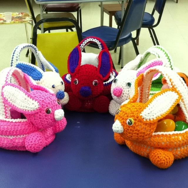Crocheting Groups : Crochet group bunnies crochet Pinterest