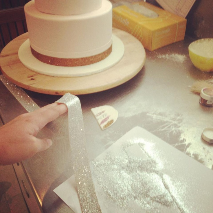 Cake Decorating Ribbon Ideas : edible glitter ribbon Cake ideas Pinterest