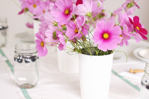french farmhouse table setting
