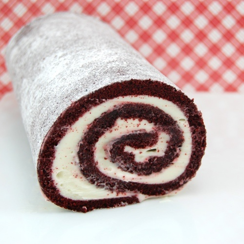 Red Velvet Cake Roll...I thought this was a homemade Hoho and almost ...