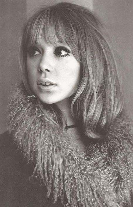 pattie boyd with adorable bangs and short layers.