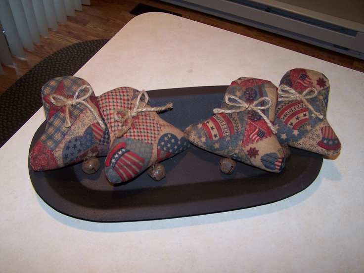 Set of 4 of my primitive americana bowl fillers.  www.sewmanyraggedies.com