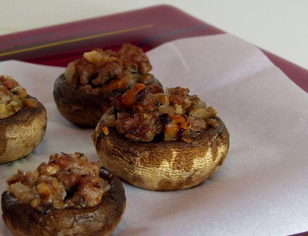 Paleo Stuffed Mushrooms- great idea for Thanksgiving dinner appetizer ...