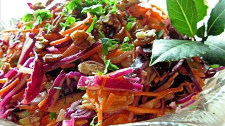 dazzling winter slaw - red cabbage, apple, and pecan salad