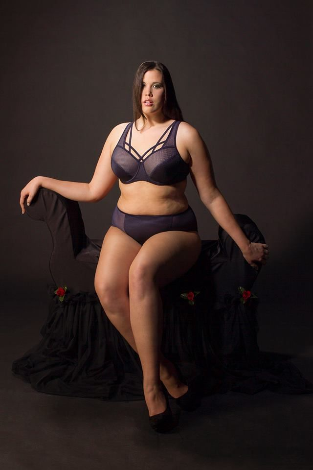 Plus size lingerie models 3