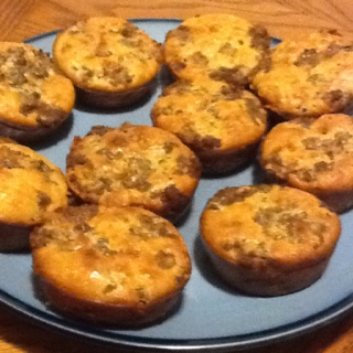 "Mini cheeseburger ""muffins"". Delish! | pinterests I have tried | Pi..."