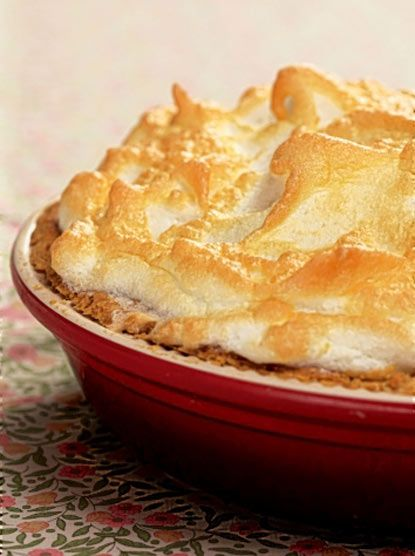 Rhubarb and blood orange meringue pie | Favorite Recipes | Pinterest