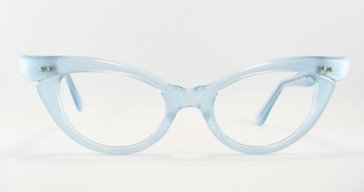 Dying over these gorgeous powder blue cat eye glasses. I could rock these.