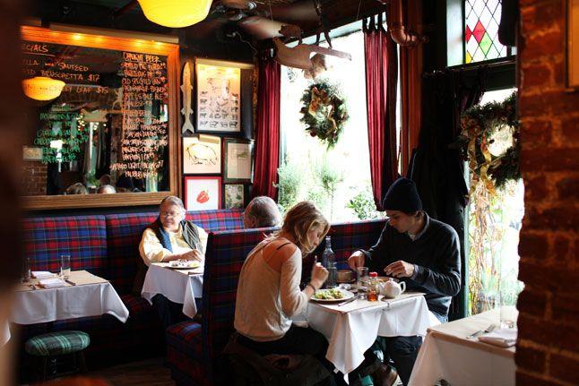 The 10 Best Restaurants for Celebrity Sightings in New York